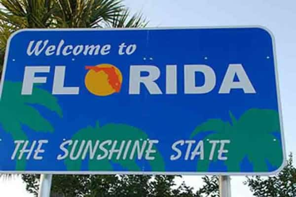 Welcome sign for state of FL