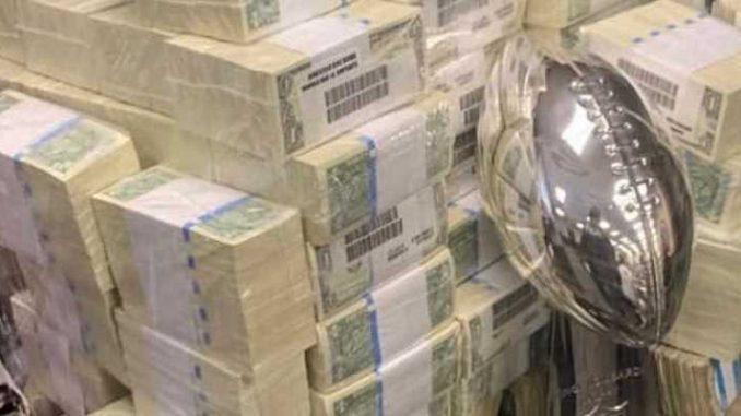 super bowl lombardi trophy and cash money